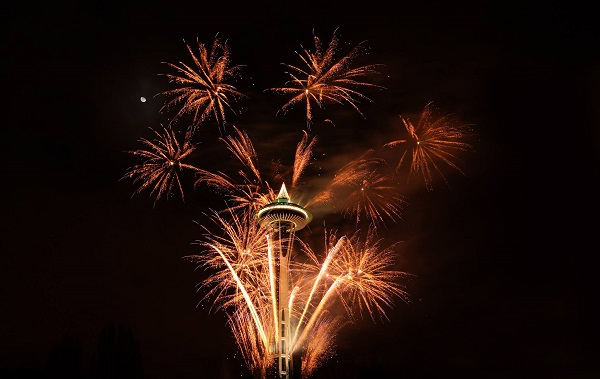 Seattle New Years Eve - Space Needle fireworks